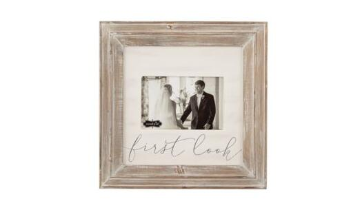 Product Pick of the Week: First Look Wood Picture Frame